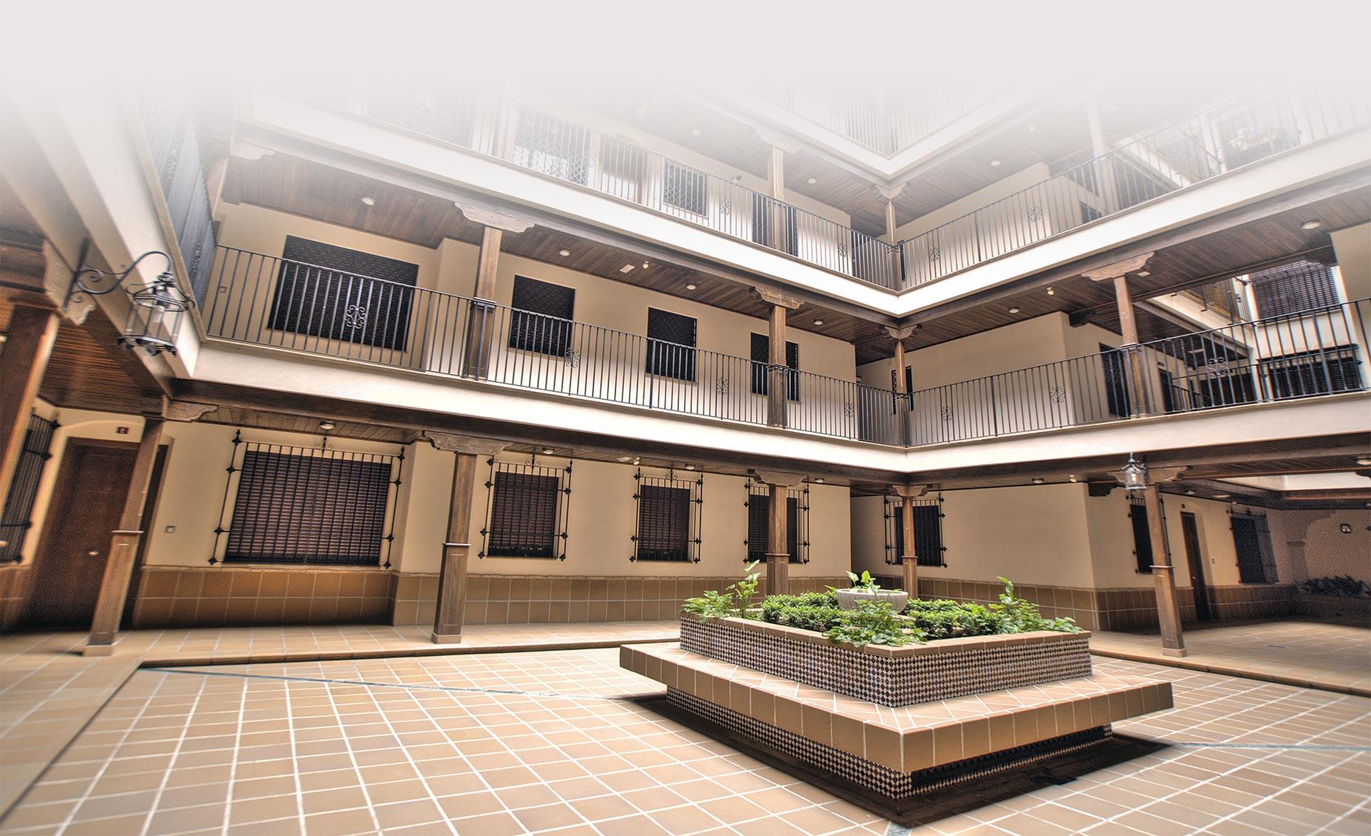 Rehabilitación integral de patio interior de edificio. Muntasil empresa constructora para comunidades y administradores de fincas